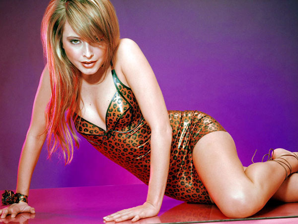 Holly-Valance_76765jpg